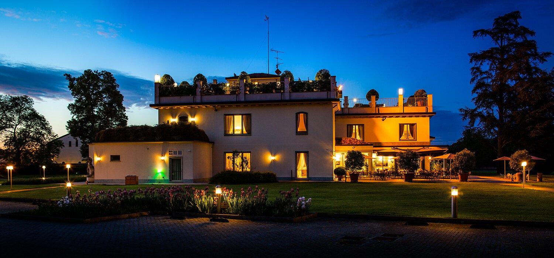 Villa Necchi alla Portalupa notturna